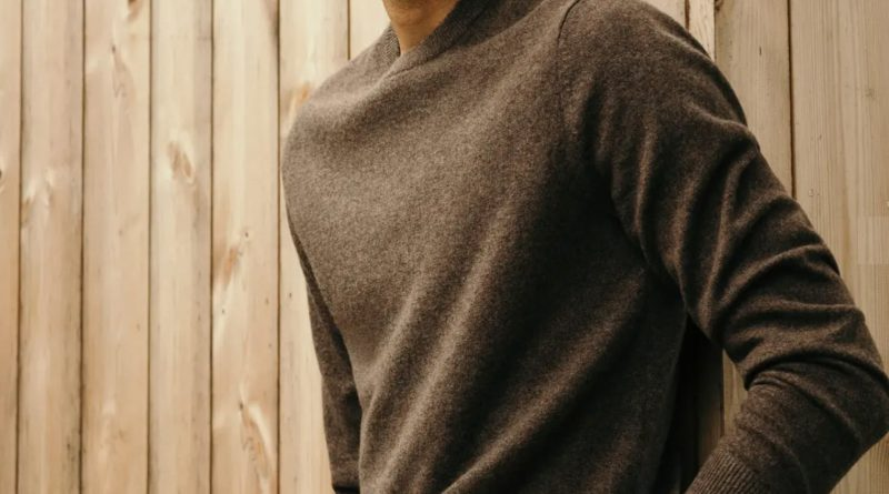 Get up to 25% off Everlane cashmere for the next 36 hours